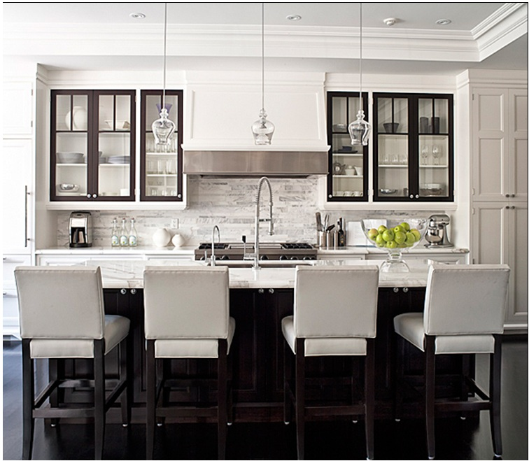 Black and White Kitchen 756 x 659